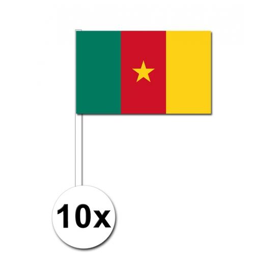 10 zwaaivlaggetjes Kameroen 12 x 24 cm