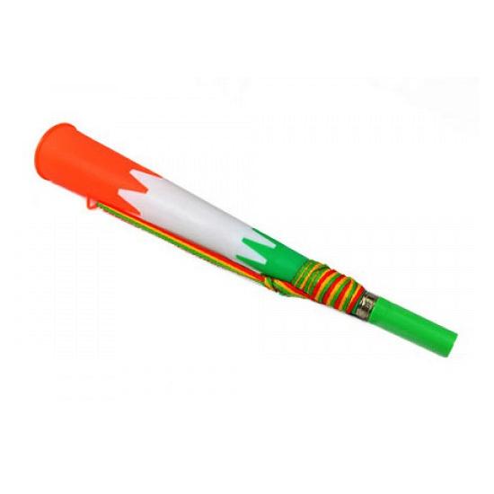 Kunststof toetertje groen met wit en oranje