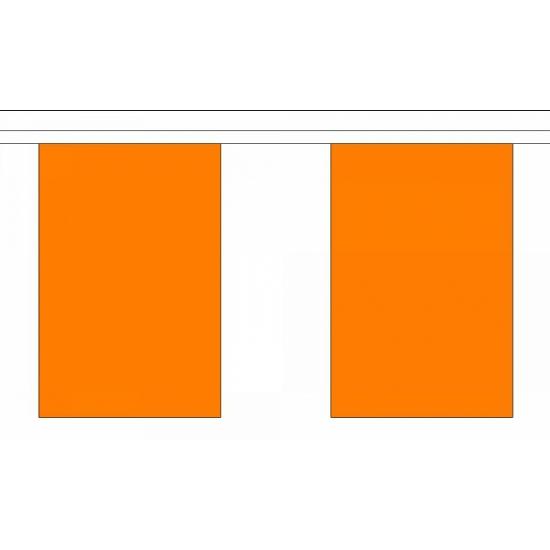 Oranje vlaggenlijnen