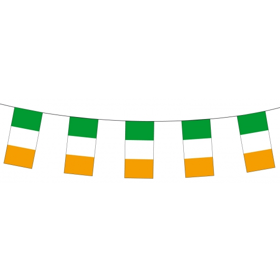 Papieren vlaggenlijnen Ierland