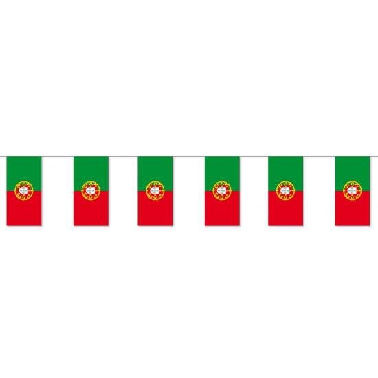Slinger Portugal met vlaggen