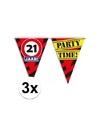 3x 21 jaar vlaggenlijn waarschuwingsbord 10mtr